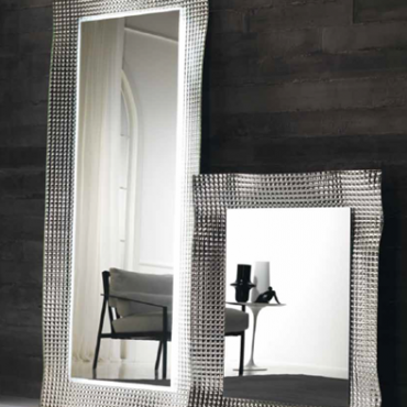 kris - mirrors